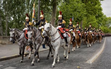 gendarmerie garde républicaine paris